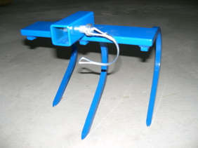 Wheel hoe 3 Tine Cultivator